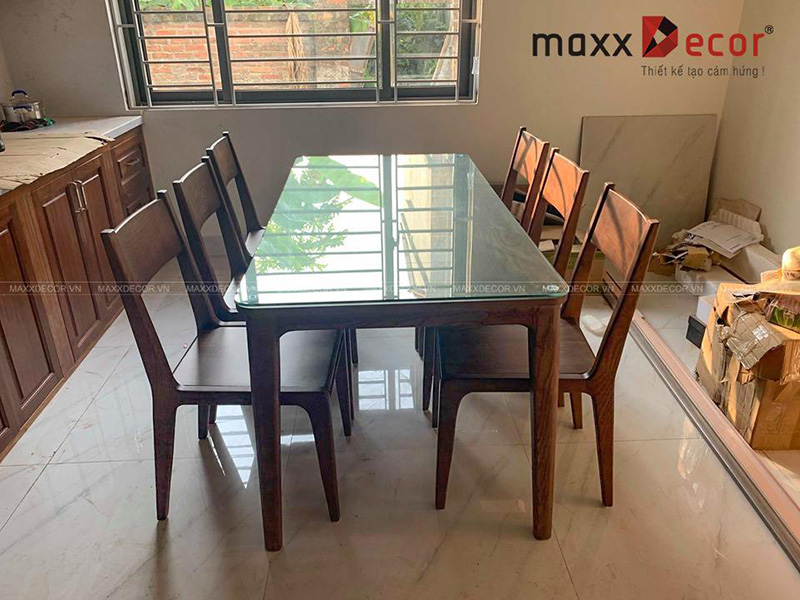Bàn ghế ăn gỗ tự nhiên cao cấp đẹp tại Hà Nội