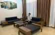 Sofa gỗ MDG 139, kệ tivi MK 177 gỗ tự nhiên đã có mặt tại nhà khách